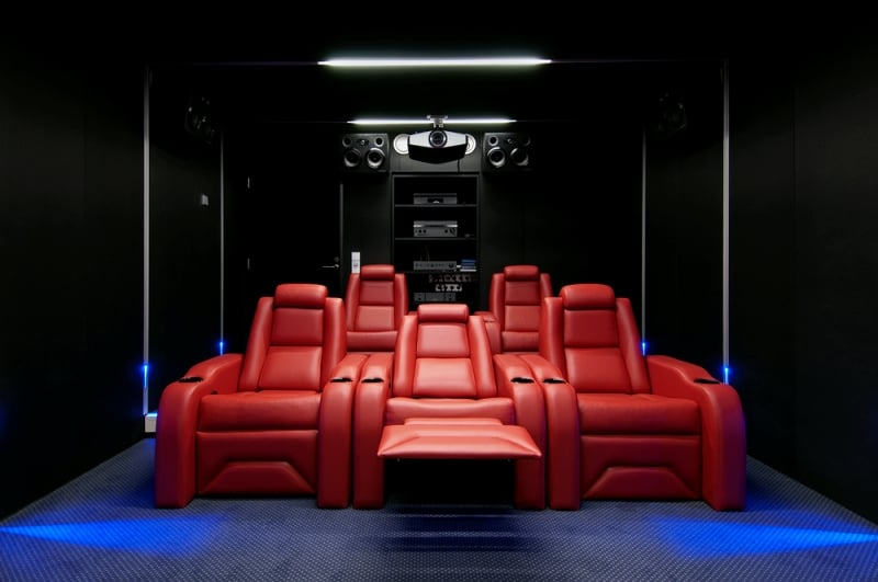 Colour paint for a luxury home theater design