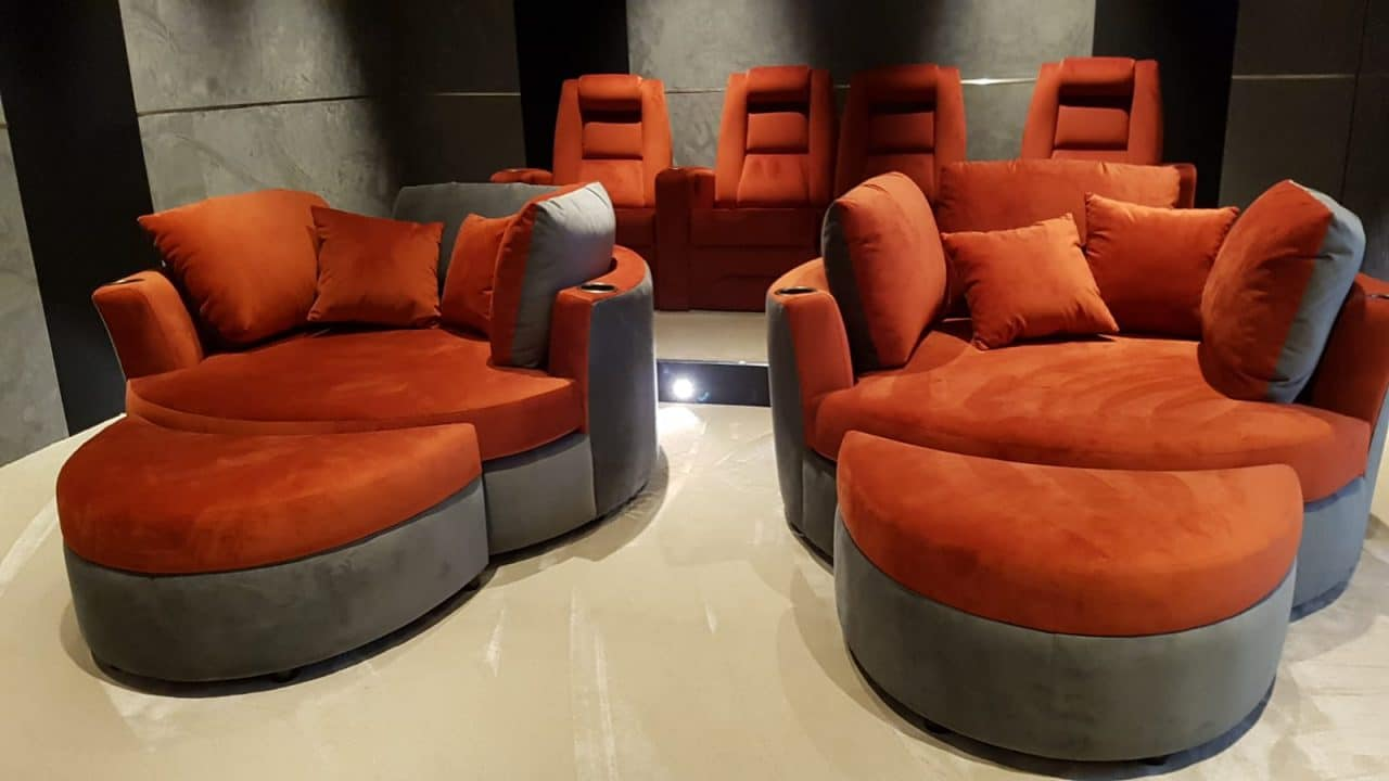 cuddle couches on display Elite HTS stand