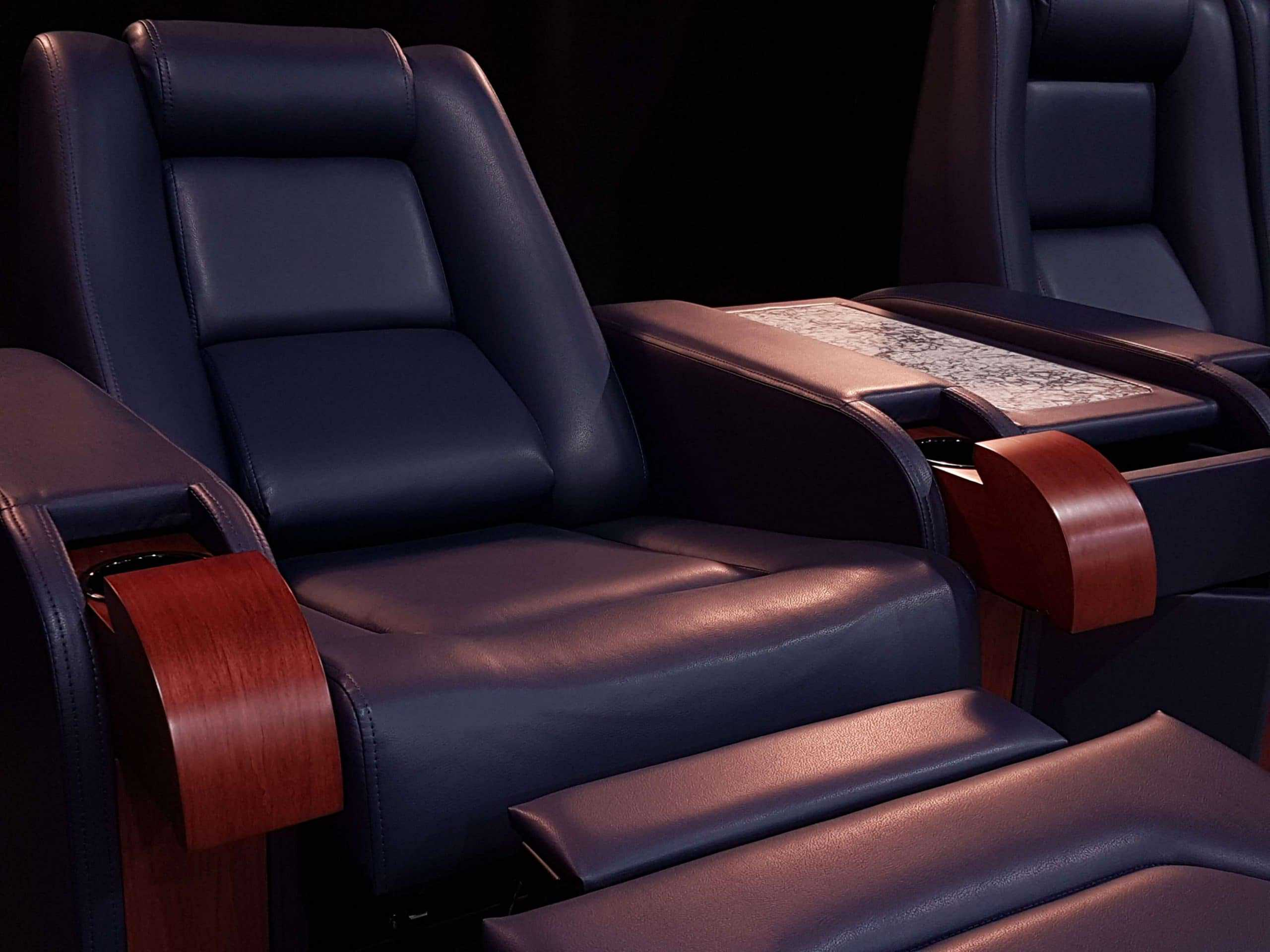 f1_blue_home_theater_chairs (1)