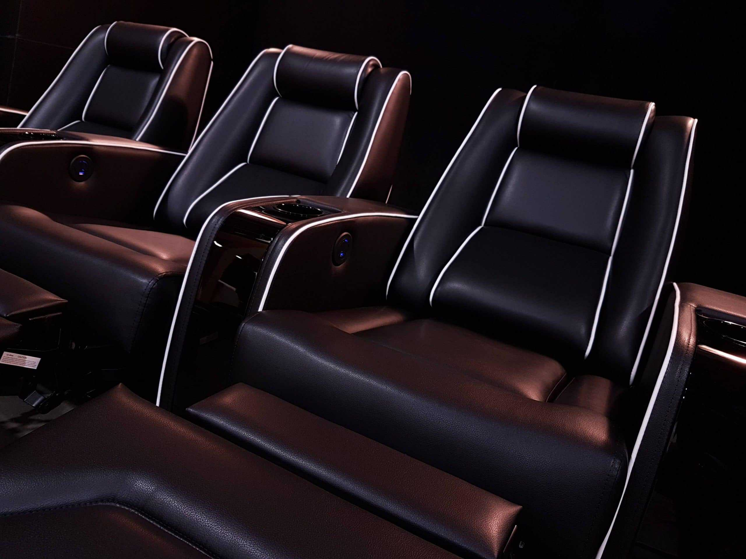 black_home_theatre_seating j1
